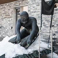 Hermann Maier Statue